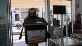 Els restaurants es reinventen fent take away o delivery durant el confinament